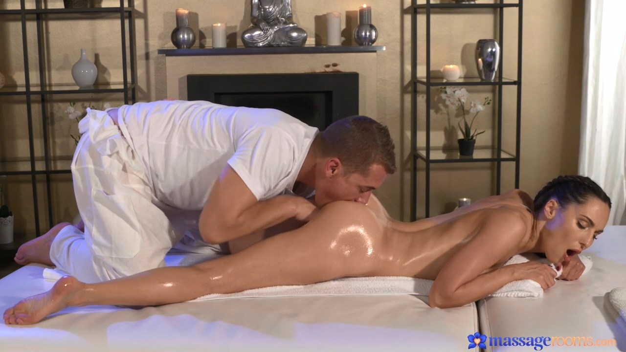Massagerooms.com porno-mona фильм